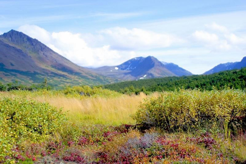 Chugach State Park in Anchorage, the nation's largest urban park (image by Robert Cushing via PBase.com)