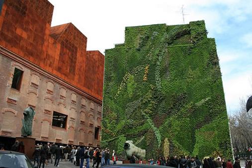 More green roofs green walls freshkills park blog for Jardin vertical artificial